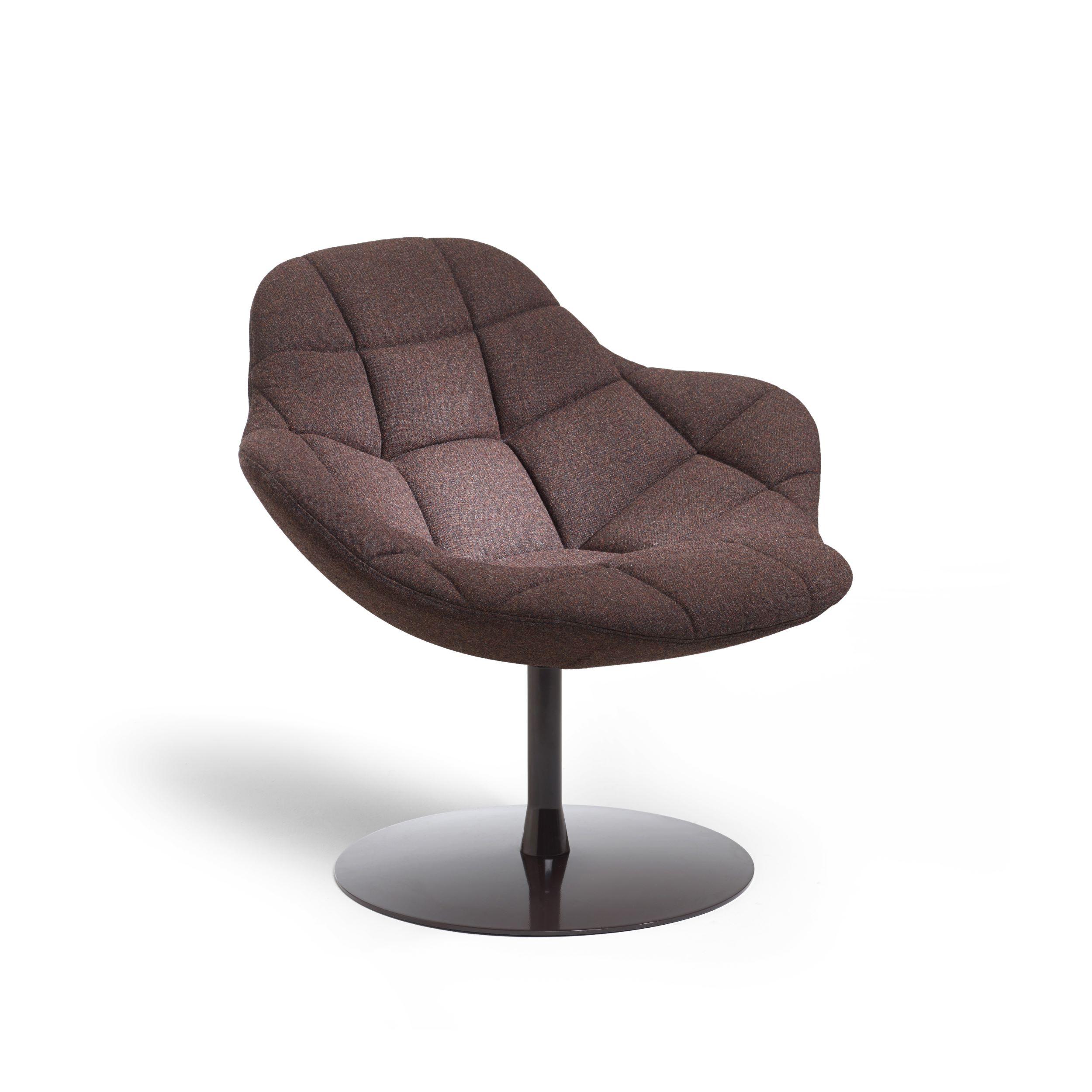 Palma easy chair wooden frame design by khodi feiz for Easy chair designs
