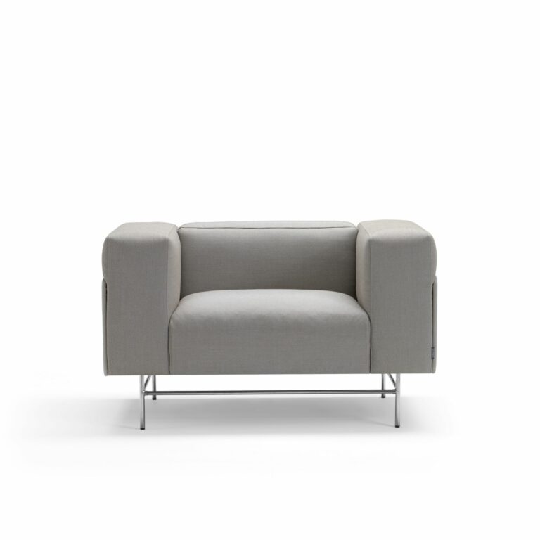 Avignon, Easy chair by Christophe Pillet