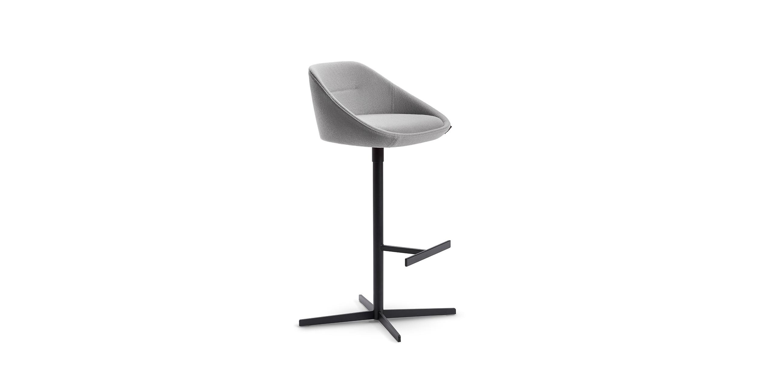 Ezy, Bar stool by Christophe Pillet