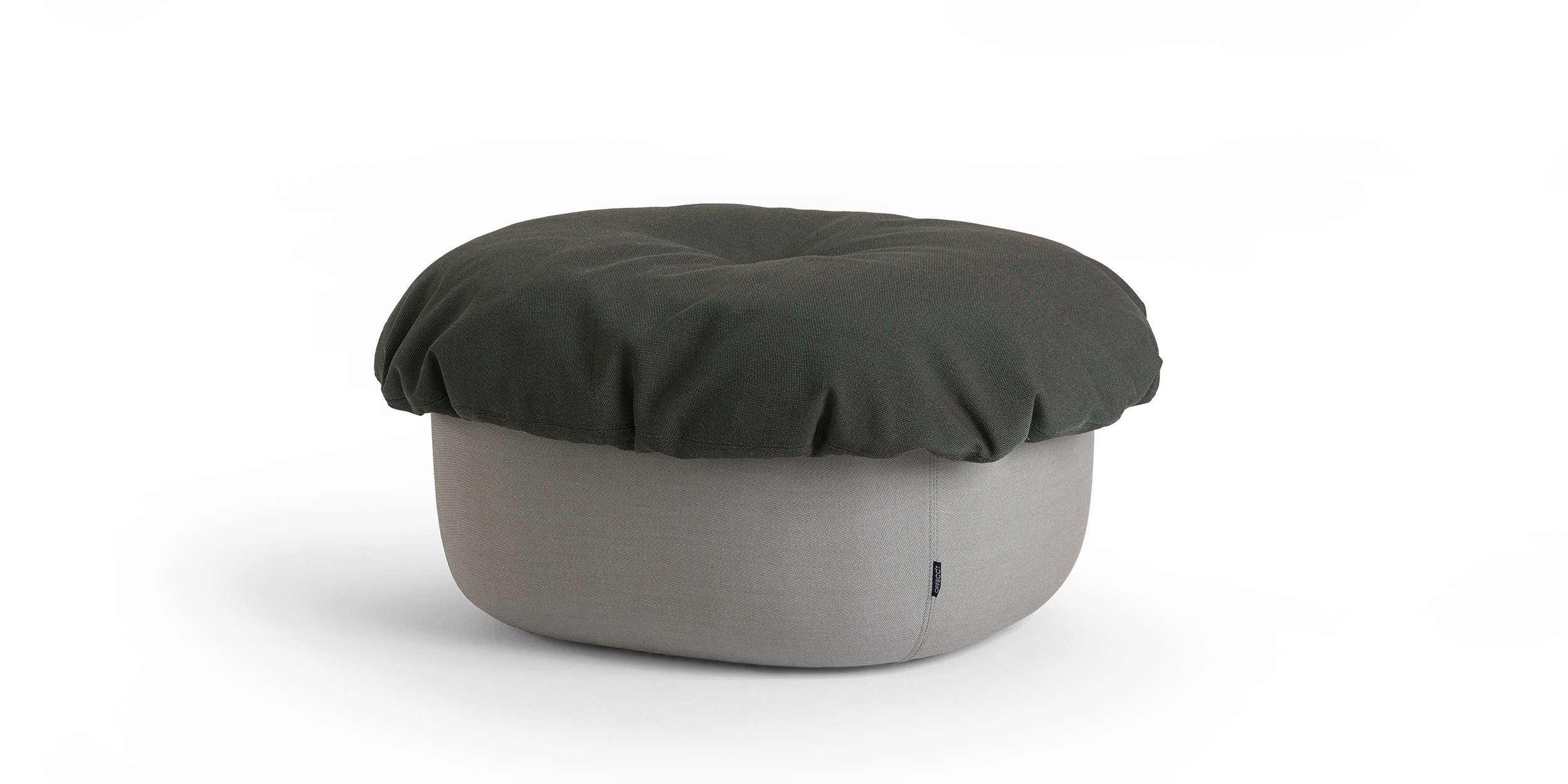 Soufflé Ottoman, Medium By Cecilie Manz