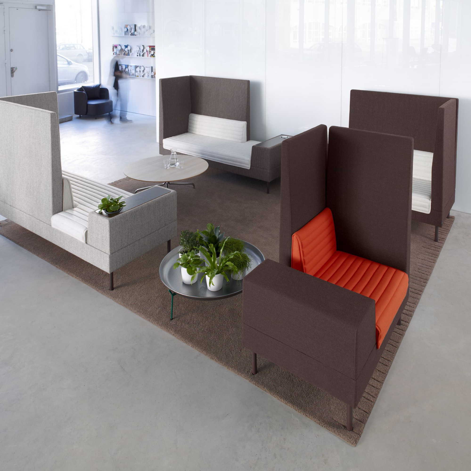 Small Room Chairs: Sofa And Room Divider